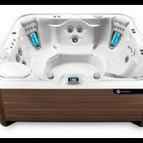 Highlife NXT GRANDEE® NXT 7 PERSON HOT TUB