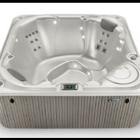 THE BOLT® 4 PERSON HOT TUB